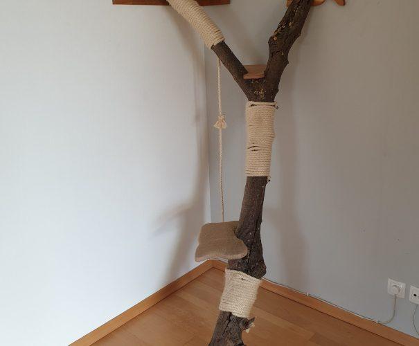 Kratzbaum - Nuss mit 3 Ebenen